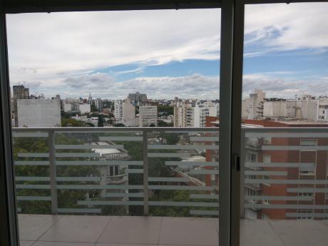 93877 - Apartamento De 2 Dormitorios En Venta En Pocitos