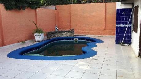 Casa En Lambare En Alquiler Y En Venta - Super El Pueblo