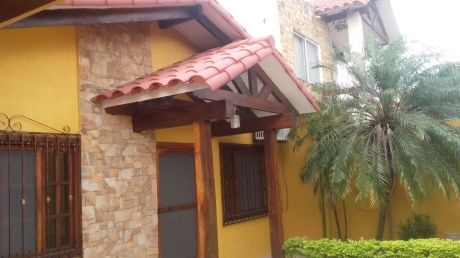 Casa En Anticretico En Av. Paragua Entre 3er Y 4to Anillo
