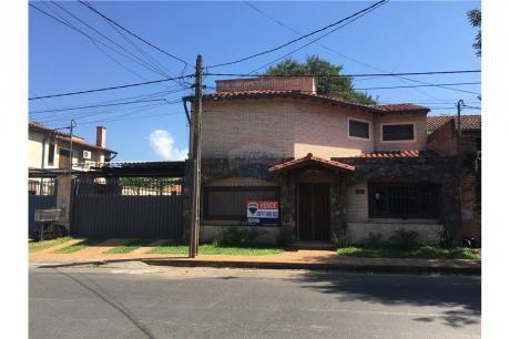 Hermoso Duplex En Barrio Herrera