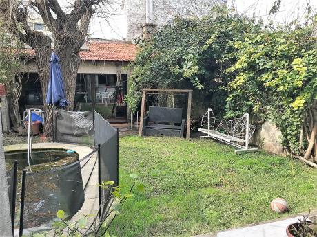 Venta Casa Zona Residencial De Pocitos. Recién Ingresada A La Venta.