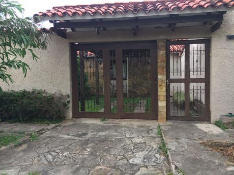 Casa En Venta En Buena Ubicacion