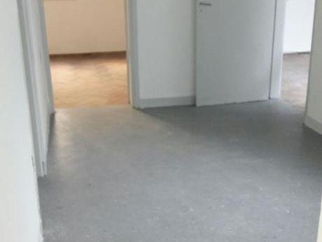 Amplio Apartamento Planta Baja Con Patio