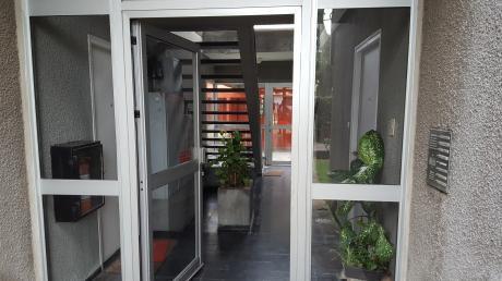 Apto 4 Dormitorios 2 BaÑos Union ,impecable Opcion Garage Cerrado