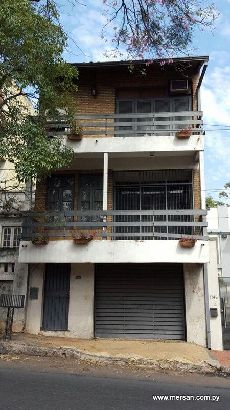 Vendo Casa Sobre Cerro Corá Zona Consulado General Del Brasil (47)