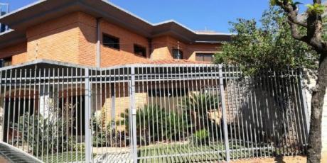 Alquilo Casa En Carmelitas Zona Shopping Del Sol