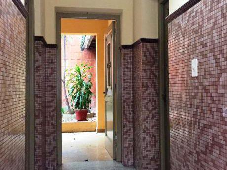 Tierra Inmobiliaria - Casa Ideal Para Todo Tipo De Emprendimiento!