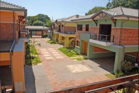 Alquilo Casa En Condominio Barrio Mcal. Estigarribia