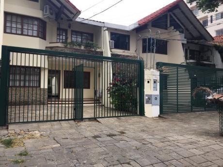 Casa En Alquiler Calle Elvira De Mendoza