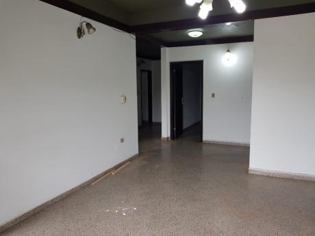 Departamento De 3 Dormitorios Sobre Ruta1, Capiata