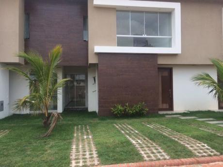 Bonita Casa En Zona Alto Las Palmas