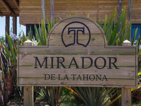 Terreno En Mirador De La Tahona - Gran Metraje!!!