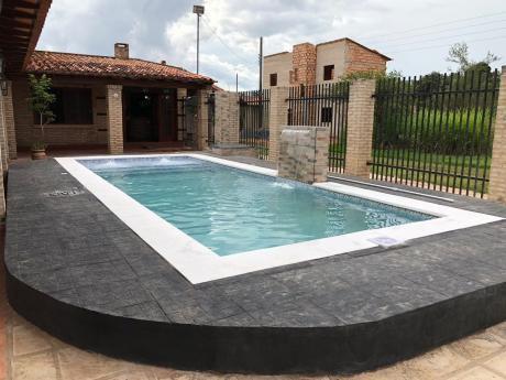 Vendo Y Alquilo Casa Quinta En Areguá Con Piscina