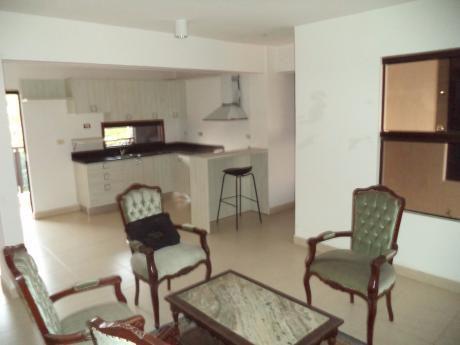 Tierra Inmobiliaria - Increíble Oferta Zona Bcp! Departamento De 2 Dormitorios!
