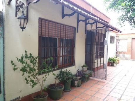 Hermosa Casa Corredor Lateral En Carrasco