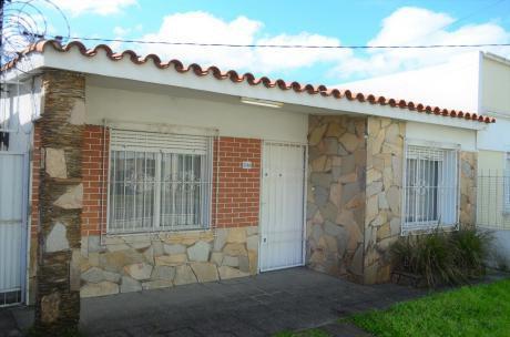 Venta Casa, Union, 3 Dormitorios, Amplio Fondo
