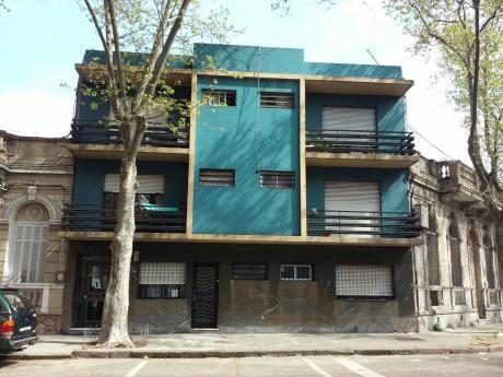 Apartamento En Venta Sobre Isidoro De María