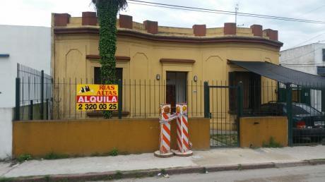 Muy Buena Casa Con Patio Al Fondo!!