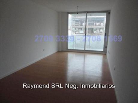 Excelente Apartamento De 2 Dormitorios, 2 Baños, Garaje - Pocitos