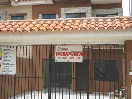 Bonitas Casas En Pre Venta!! Zona Norte Entre Alemana Y Beni 6to Anillo.