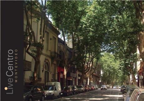 Pleno Centro De La Ciudad.-