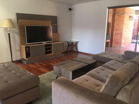 Alquilo Amplio Duplex Amoblado En Villa Morra