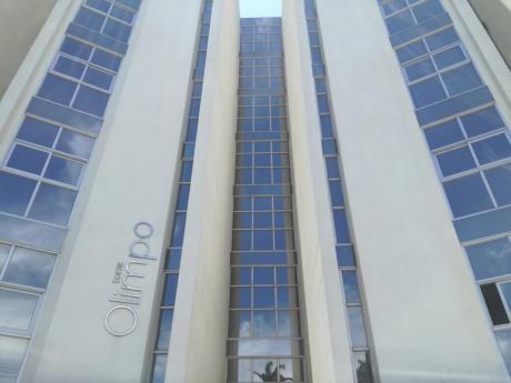 Departamento En Venta En El Edificio Torre Olimpo