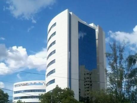 Piso Corporativo - Edificio Plaza Center Santa Teresa (589)