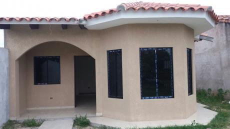 En Pre-venta Hermosa Y Amplia Casa!!