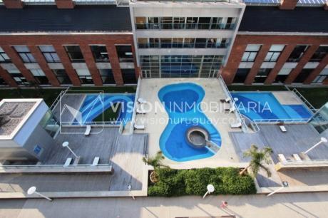 Apartamento En Venta Diamantis Plaza!