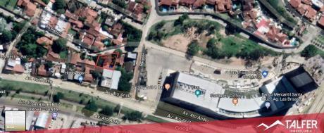 Terreno De 707 M² A 30 M. Del Boulevard De Las Brisas !