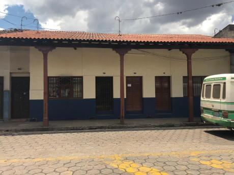Vendo Casa En Pleno Centro De La Ciudad