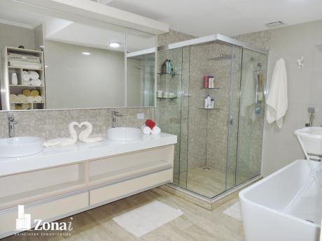 Av. Beni 7mo An. Bella Casa De Lujo De 4 Suites***