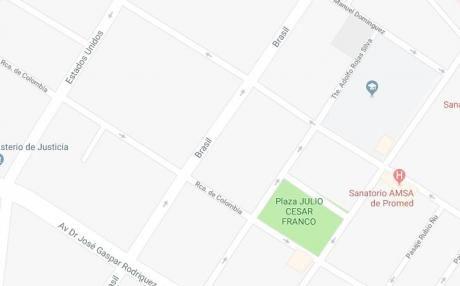 Vendo Terreno Sobre La Calle Brasil En El Barrio San Roque