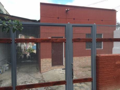 Terreno Salida Por 2 Calles Y 2 Casas En Paso Molino