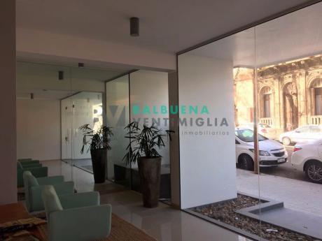 Apartamento De 2 Dormitorios En Palermo - Como A Estrenar