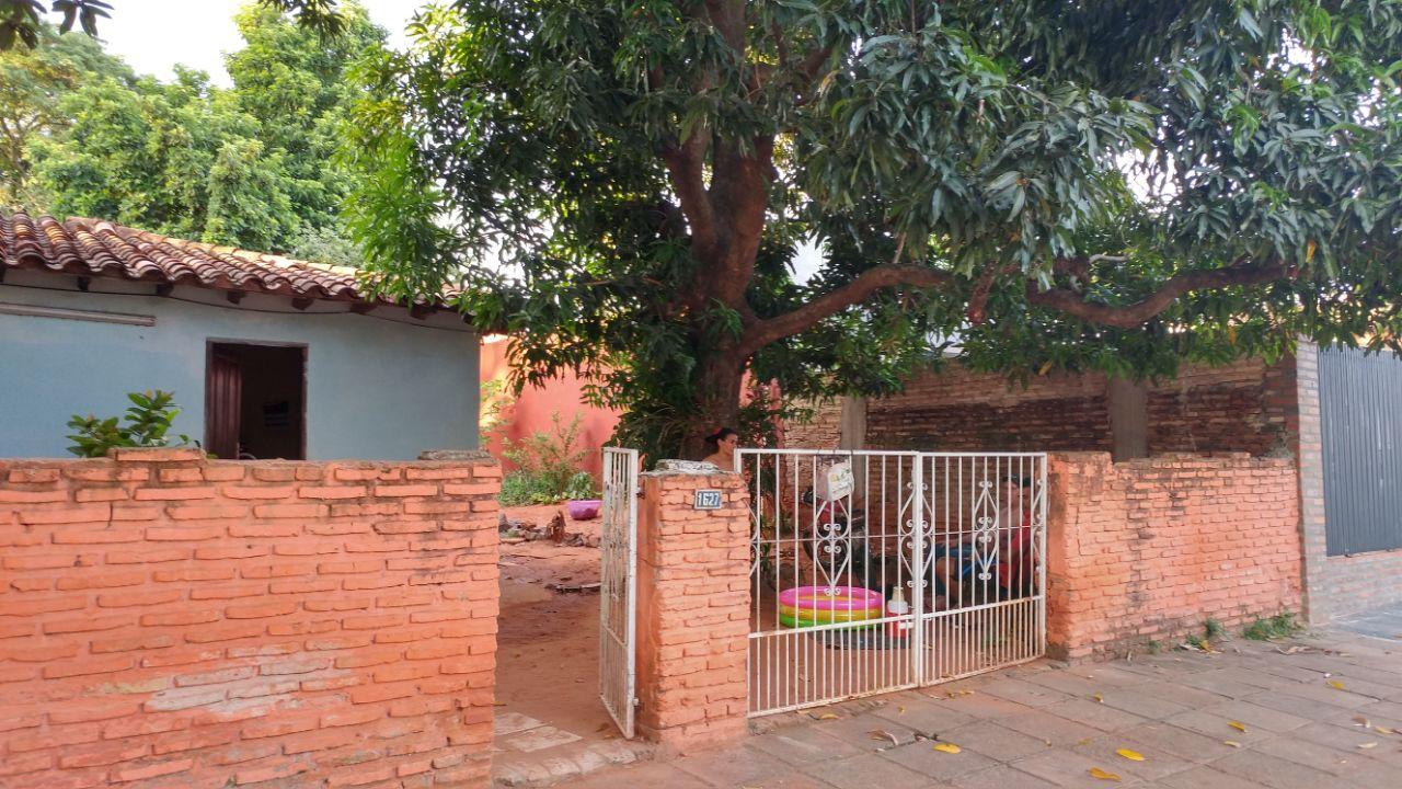 Vendo Terreno Con Casa A Demoler/refaccionar