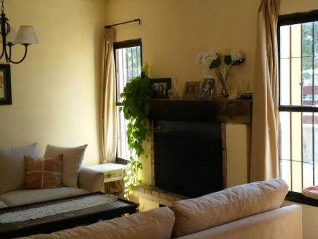 Venta Casa En El Pinar 3 Dormitorios