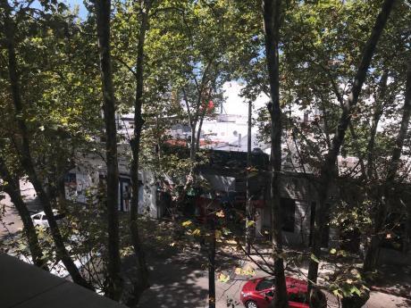 77381  - Apartamento De 2 Dormitorios En Venta En Pocitos Con Garaje