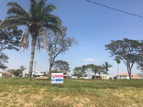 En Venta Terreno En Colinas Del Urubo Sector Paraiso