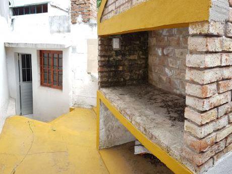 Campisteguy Y Gallinal 2 Dorm 1 Baño Patio Con Parrillero
