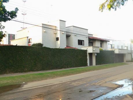Casa En Venta - Villa Fraterna