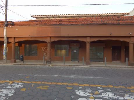 Local En Alquiler En El Centro De La Cuidad