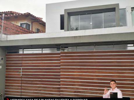 Casa En Venta A Estrenar - Av. Roca Y Coronado 3er Y 4to Anillo
