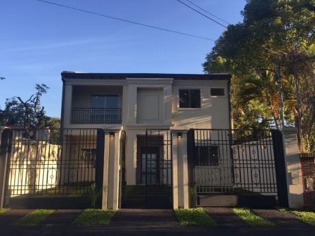 Hermosa Casa A Estrenar Zona Mburucuya