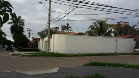 En Anticrético Casa Independiente De 2 Plantas