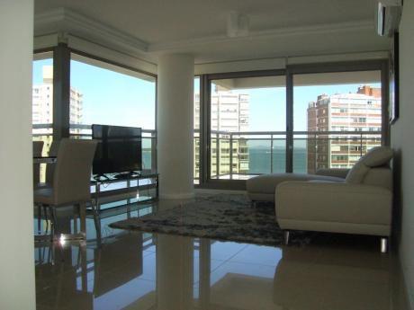 Piso Alto En Edificio Premium - 2 Suites