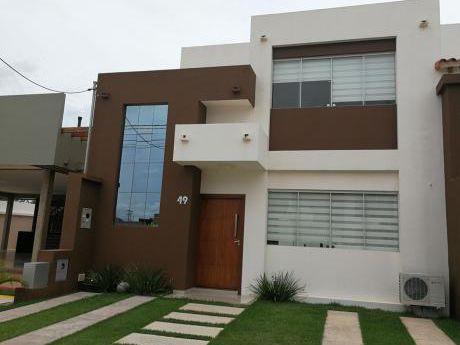 Hermosas Casas En Condominio Cerrado