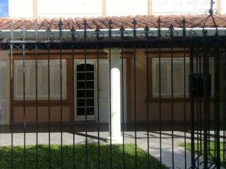 Alquilo Amplia Casa