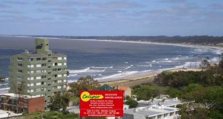 A 1 Cuadra Y Media De La Playa Mansa - Inmobiliaria Calipso